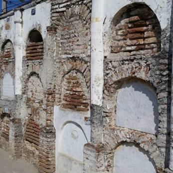 Spanish tombs